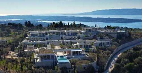 Αυτή είναι νεότερη (και ακριβότερη) έπαυλη ξενοδοχείου στην Ελλάδα