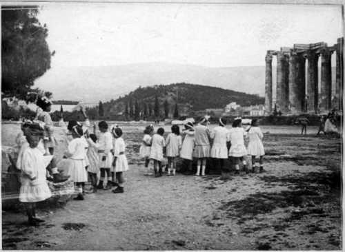 Στύλοι του Ολυμπίου Διός: Ο μεγαλύτερος ναός της αρχαιότητας. Πώς γκρεμίστηκαν οι περισσότερες κολώνες