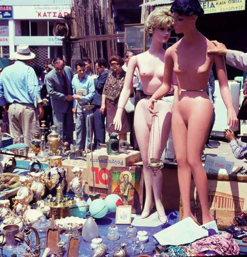 Βόλτα για ψώνια στην Αθήνα του 1966