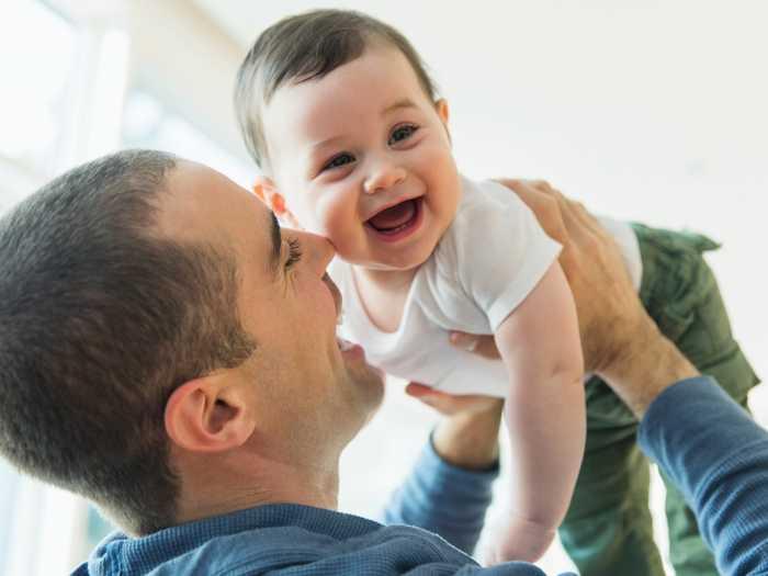 """Γιατί τα μωρά λένε πρώτα """"μπαμπά"""";"""