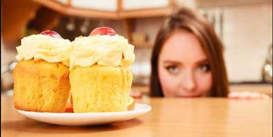 Μάθετε πως να Νικήστε τις λιγούρες της δίαιτας