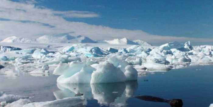 Η Ανταρκτική λιώνει από κάτω, λέει η NASA!